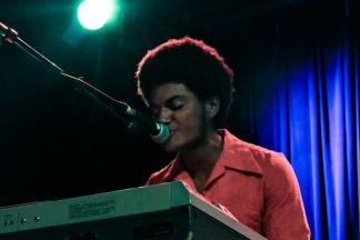 sofie_lemontwigs_livemusicNYC_W-7
