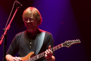 phish_ads-51